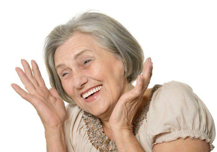 idosa sorrindo